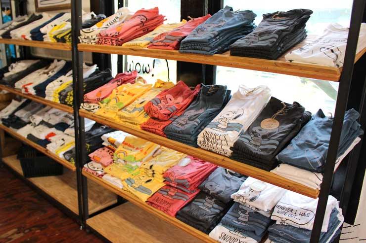 ハレイワオリジナルのTシャツもキュート。