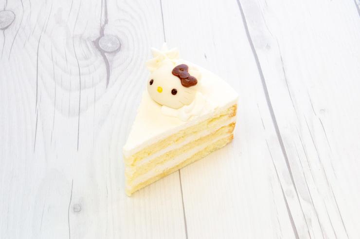 ハローキティ・ココナッツケーキ($5.50)