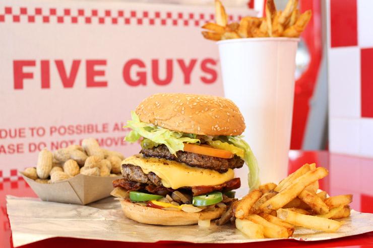 編集部おすすめ!ハワイで食べるべきハンバーガー13選