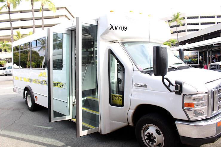 ロバーツハワイのシャトルバス