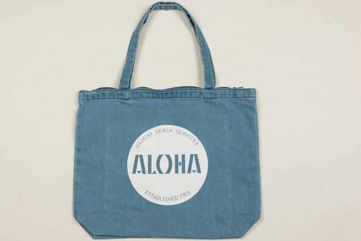 オリジナルデザインのバッグ:$28
