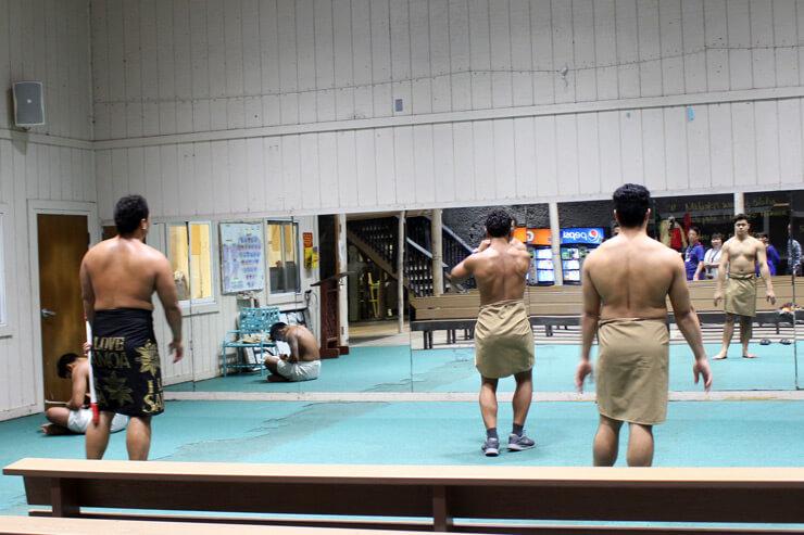 ファイヤーナイフダンサーの皆様が練習中~