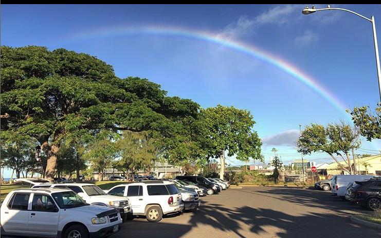 ハワイから朝の虹
