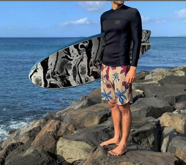 ハワイアンサウスショア限定ラッシュガードとウエットコンボ
