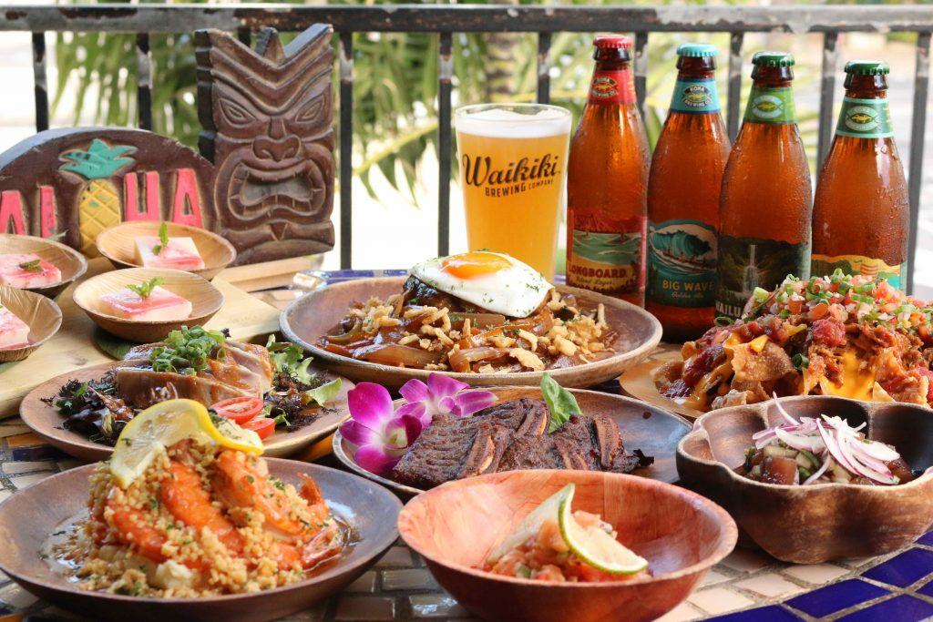 オリジナルなハワイ料理とハワイアンカクテルでアロハ体験!