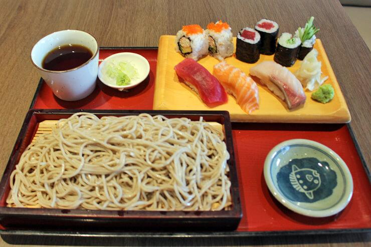 寿司、居酒屋メニューも充実しています