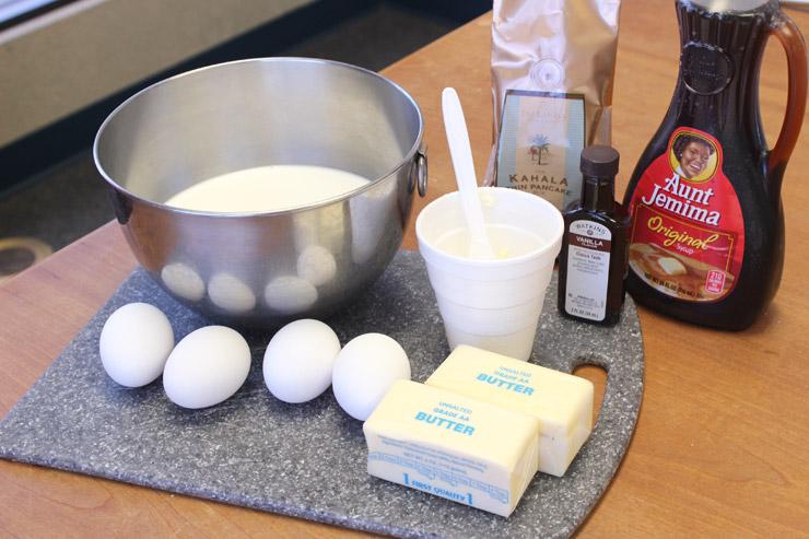 材料(メープル風味のカハラ薄焼きパンケーキ16枚分)