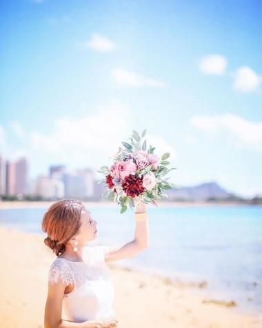 太陽に祝福されるハワイウェディング!