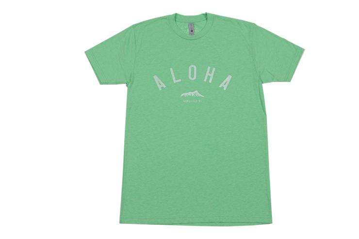メンズライトグリーンTシャツ:$26.99