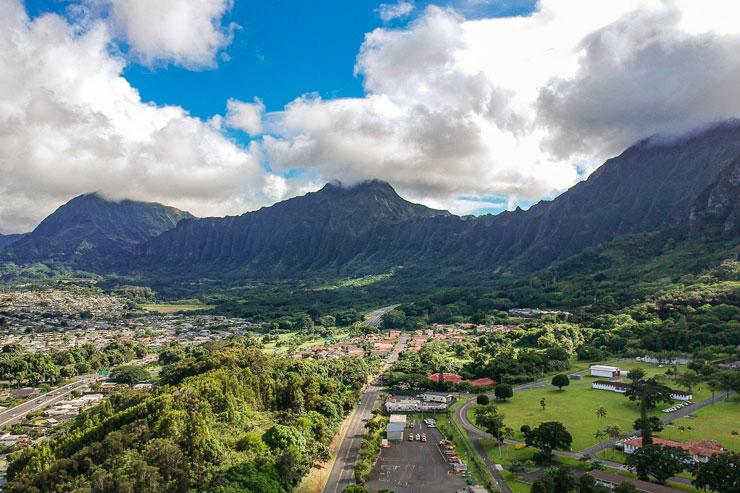緑豊かな神々しい峰…オアフ島ラニフリ編