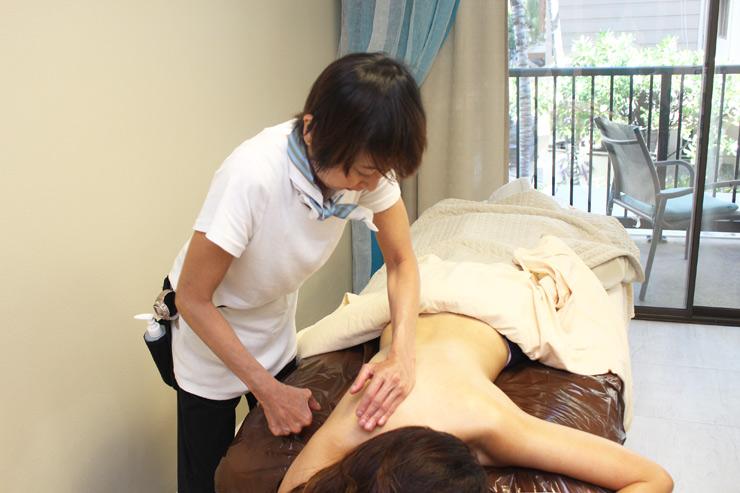 柑橘精油用于女士spa服务
