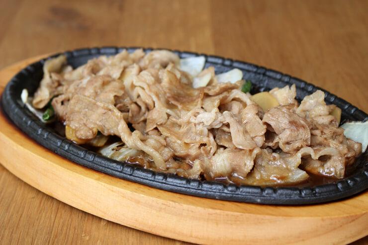 マウイオニオンの豚生姜焼き
