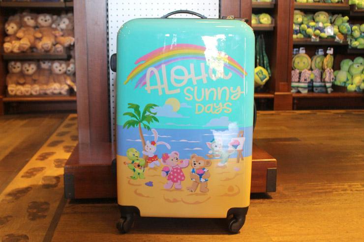 アウラニ限定スーツケース:$205