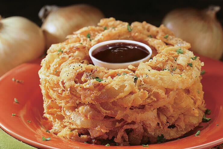 シグネチャーオニオンローフはマストで食べたい美味しさ。クーポン利用でハーフサイズが無料に!