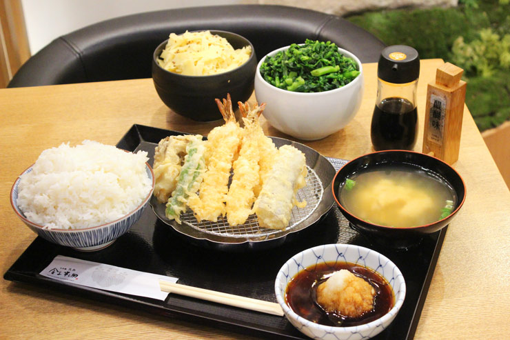 金子半之助の天ぷら飯($13.50)