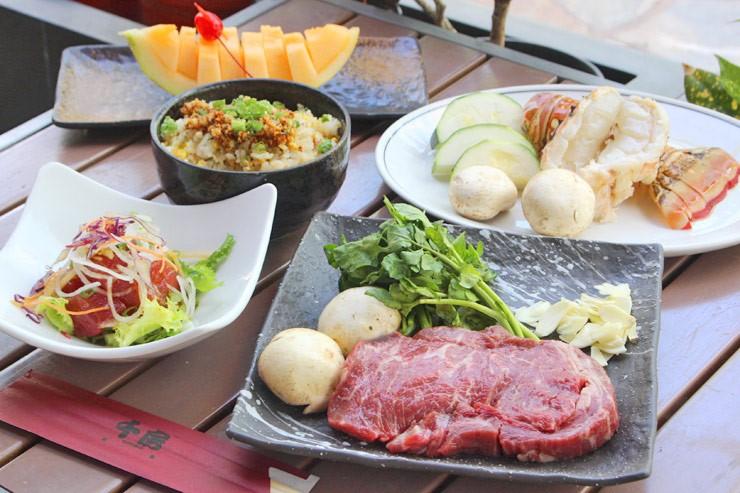お肉と海鮮を両方楽しめるサーフ&ターフ