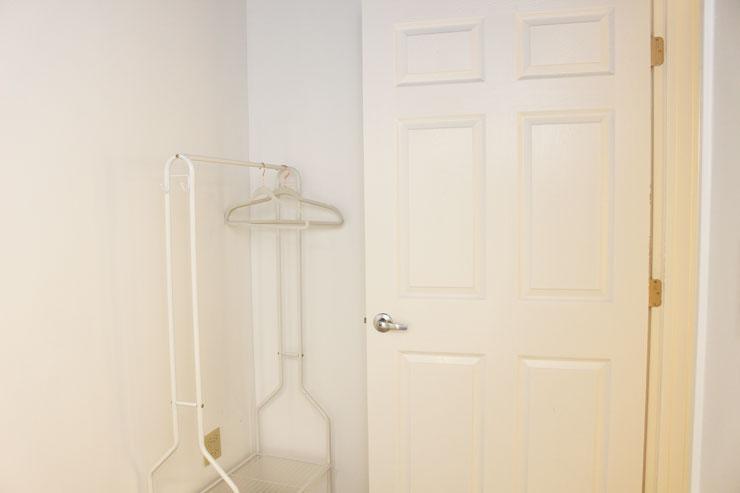白を基調とした更衣室