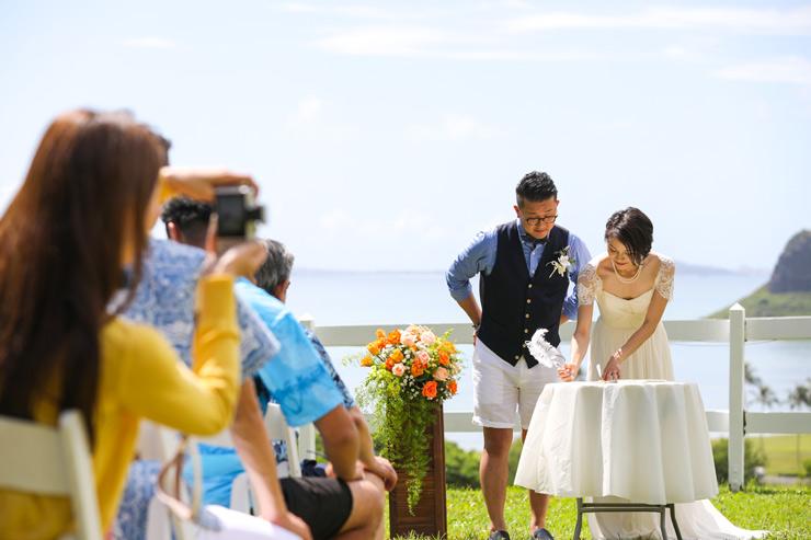 結婚誓約書にサイン