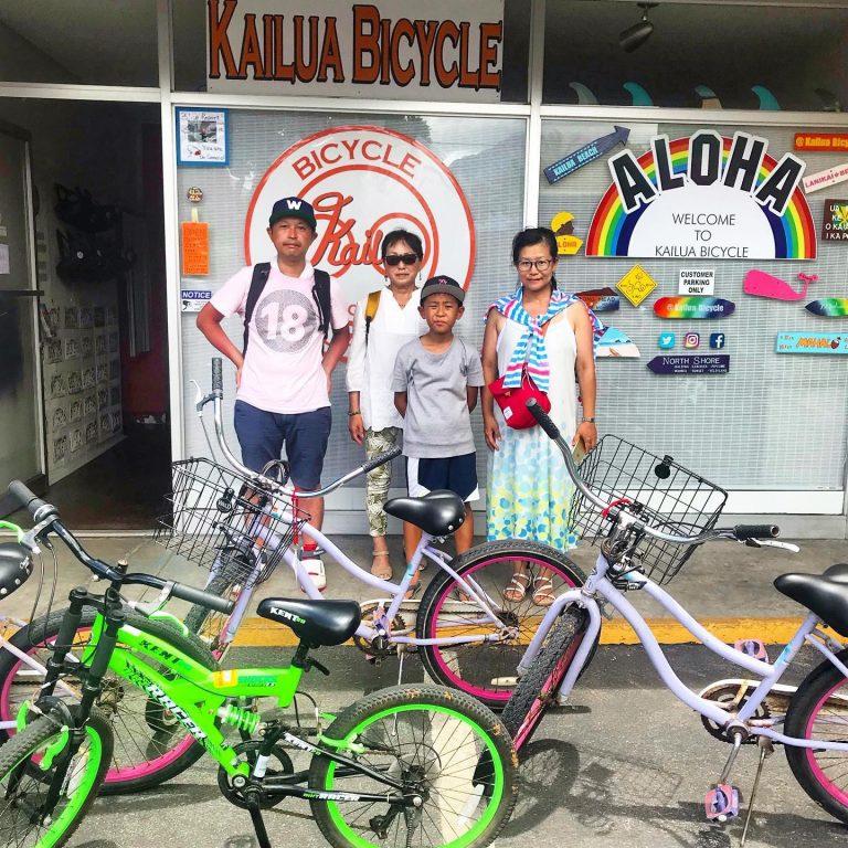 家族でサイクリング(カイルア編)