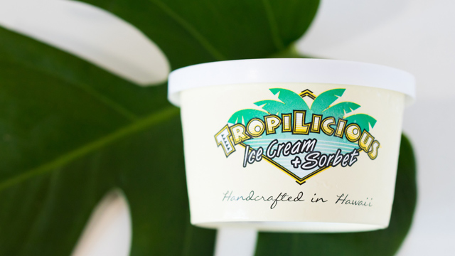 ハワイフレーバーのアイスクリーム進呈