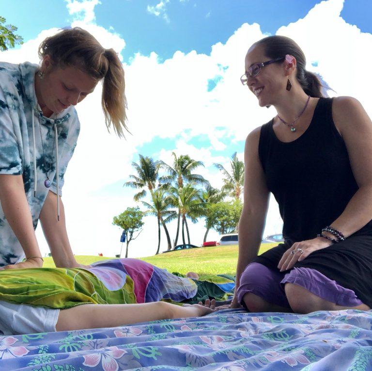 クム・マリアのハワイ文化真髄に迫るワーク〜ロミロミ集中講座