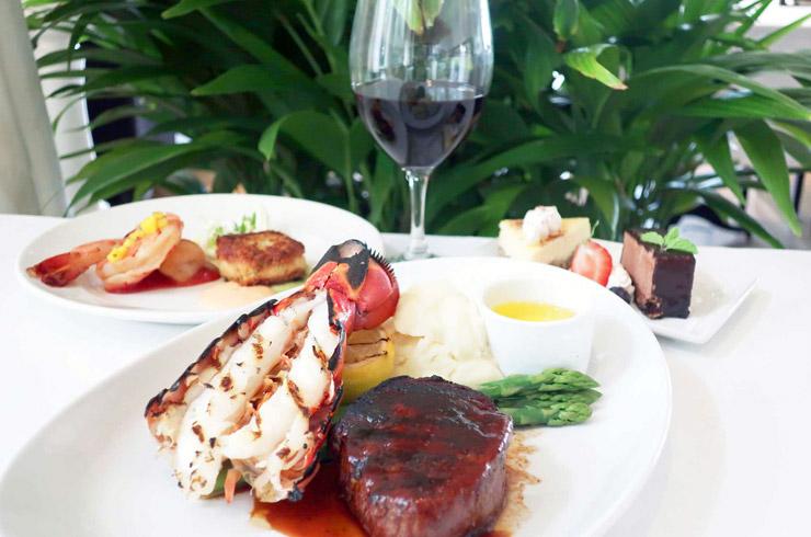 ハワイのザ・ベランダ ビーチハウス・アット・ザ・モアナのコースディナー