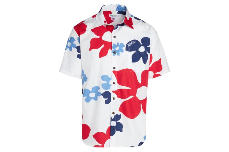 着るだけでバケーション気分が上る自由で楽しいデザインのシャツ($102〜)