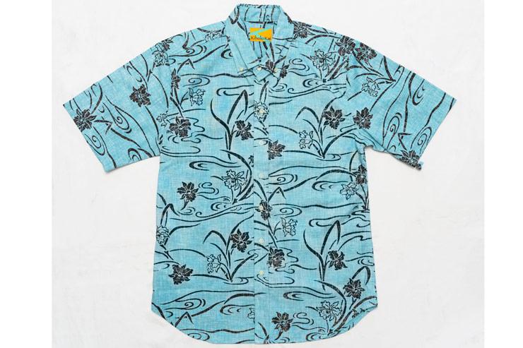 スッキリと着られるテイラーメイドのシャツ($108)はラインナップも豊富