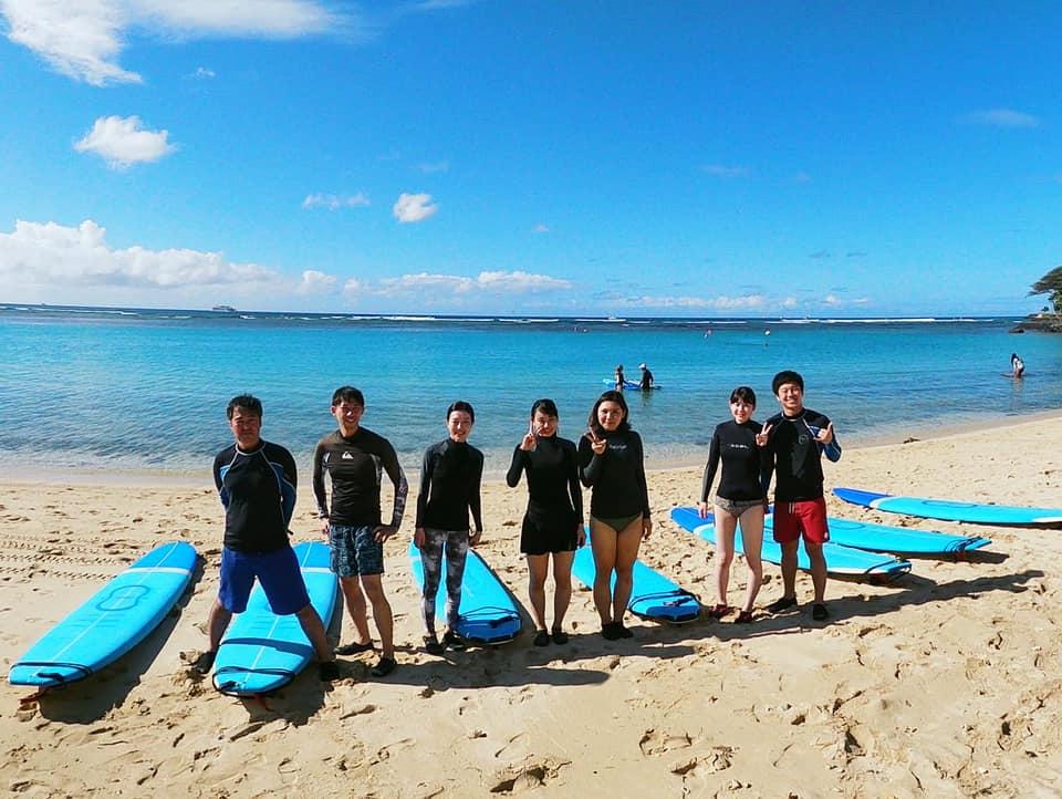 皆で楽しくサーフィンデビュー!