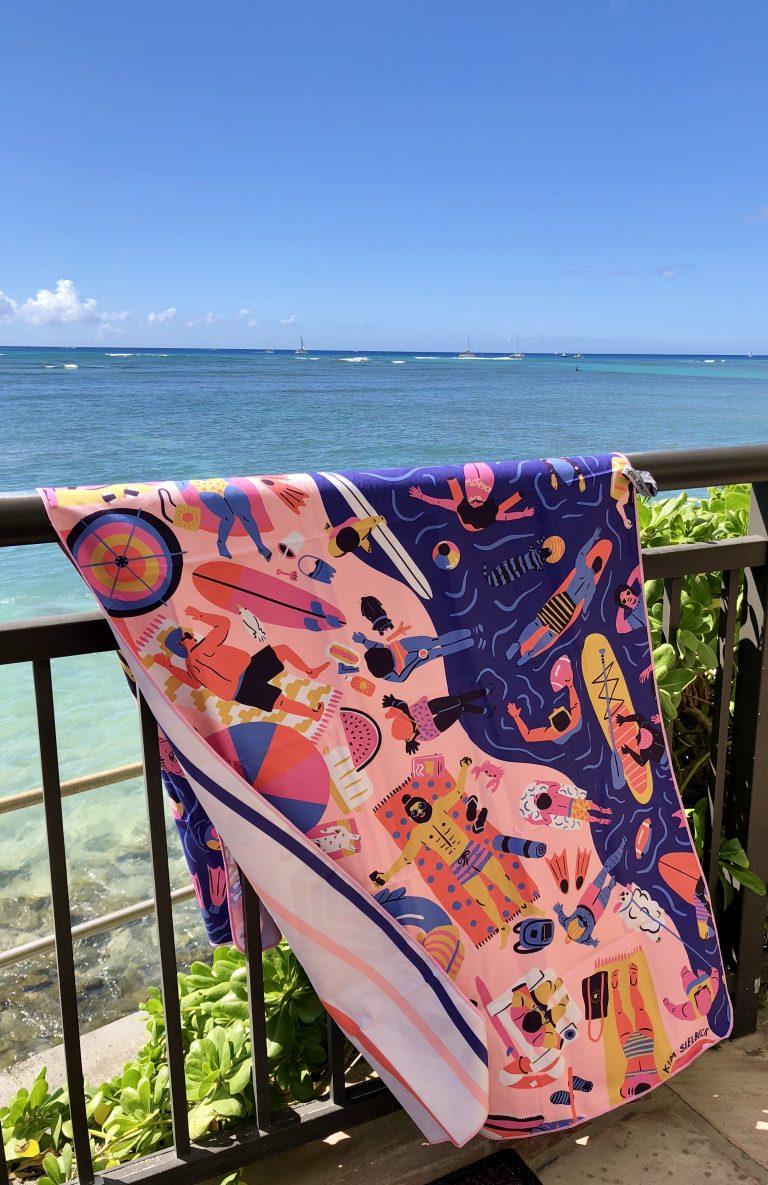 ハワイの人気アーティスト サーファータオル続々新入荷!