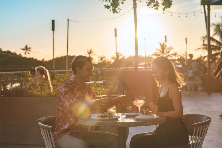ハワイでロマンティックな一夜を!デックのバレンタインディナー