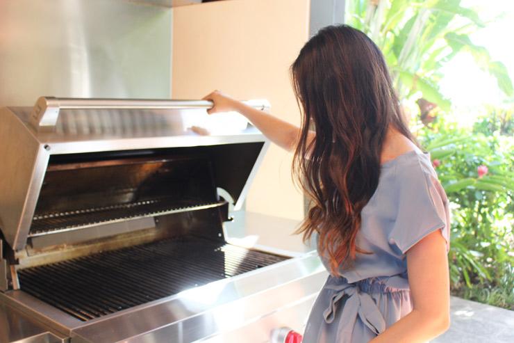 ハワイのパークレーンのラナイには専用のBBQグリルが付いている!