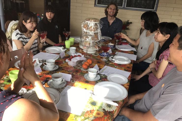 2月は参加無料の「コーヒートーク」でプチ留学体験
