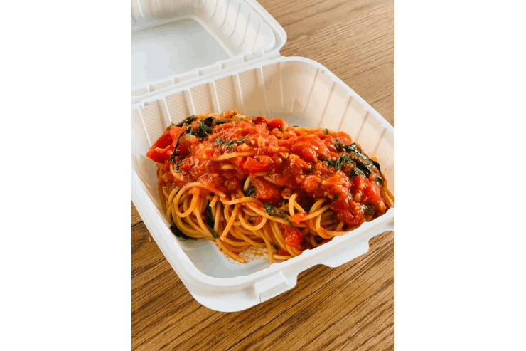 アロハテーブルワイキキのトマトとルッコラのスパゲッティー