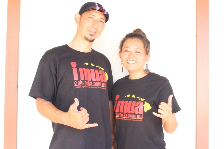 「みんなで助け合い一緒に頑張ろう!」という想いを込めたデザインのTシャツ