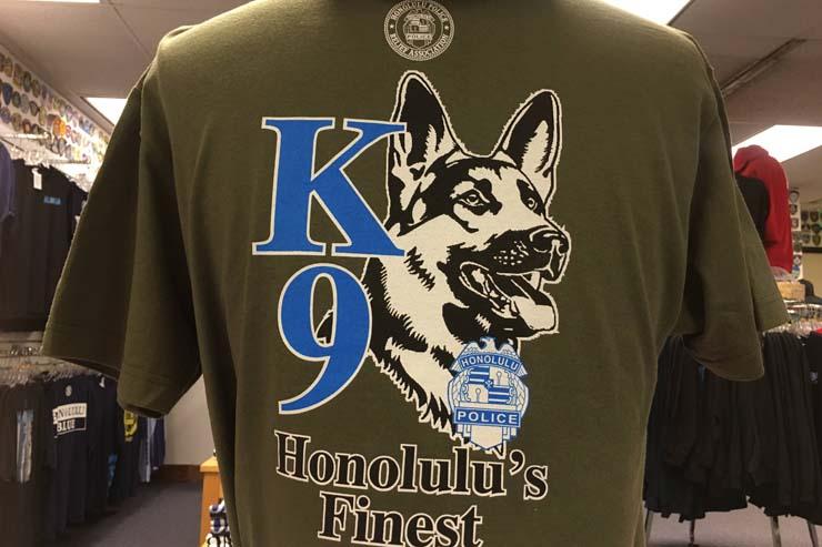 K9(警察犬)がカッコイイ、新作Tシャツ!