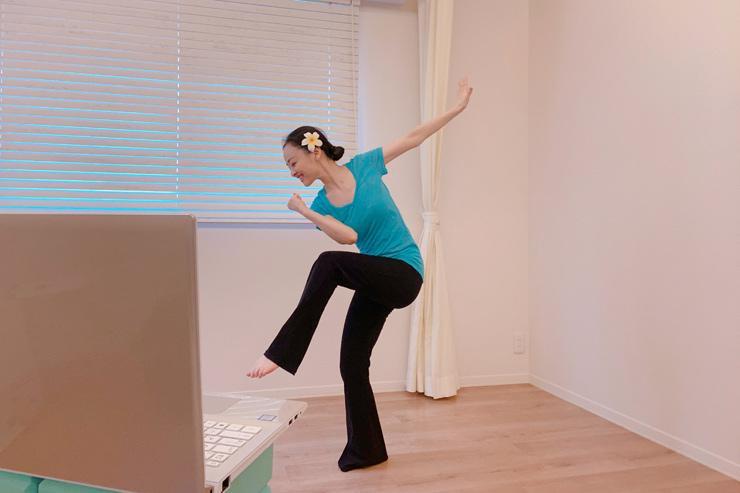 自宅で体験!日本語で楽しむNiaダンスクラス