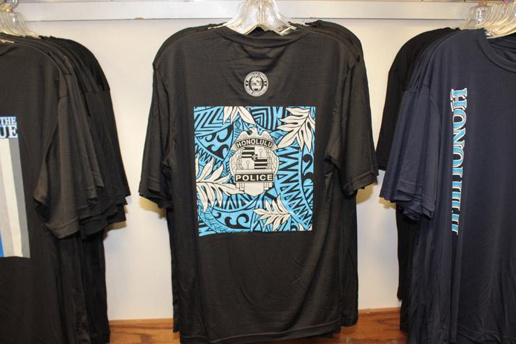 メンズTシャツ($30)
