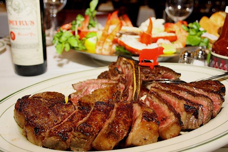 熟成肉のポーターハウスのコースもあり
