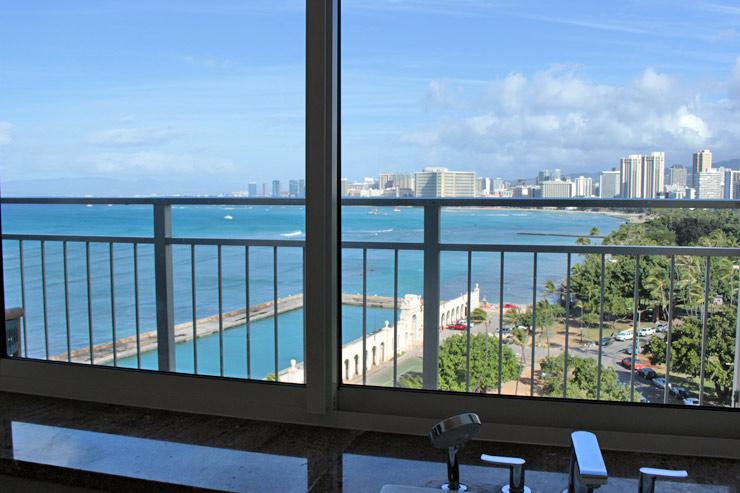 カイマナビーチホテルのスイーツのバスルーム