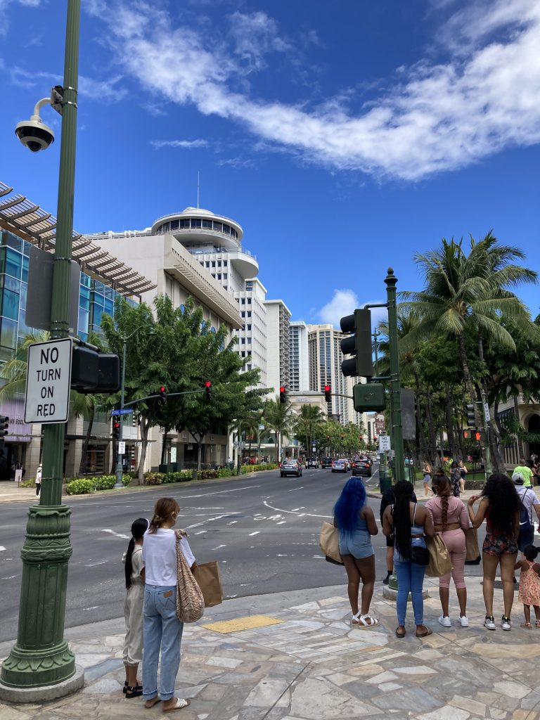 ハワイに戻りました